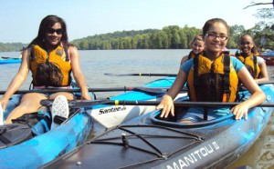 se coast paddling trail youth raft up